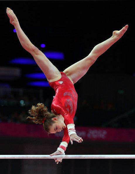 Jennifer Pinches of Great Britain - Gymnastics qualification - London 2012
