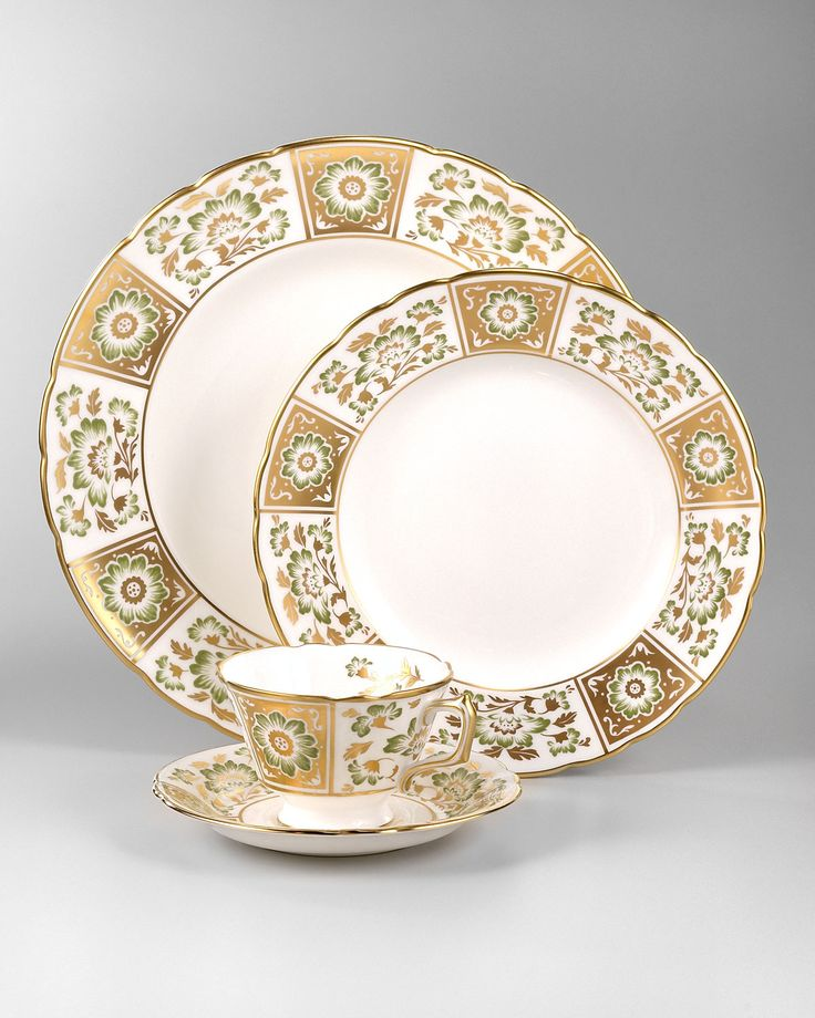 http://archinetix.com/royal-crown-derby-derby-panel-dinnerware-p-3169.html