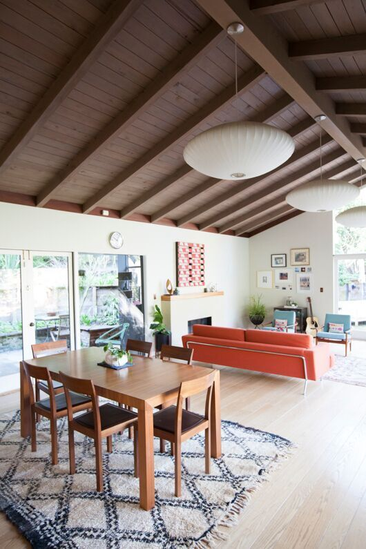 vaulted cathedral ceilings with mid-century modern lights / sfgirlbybay