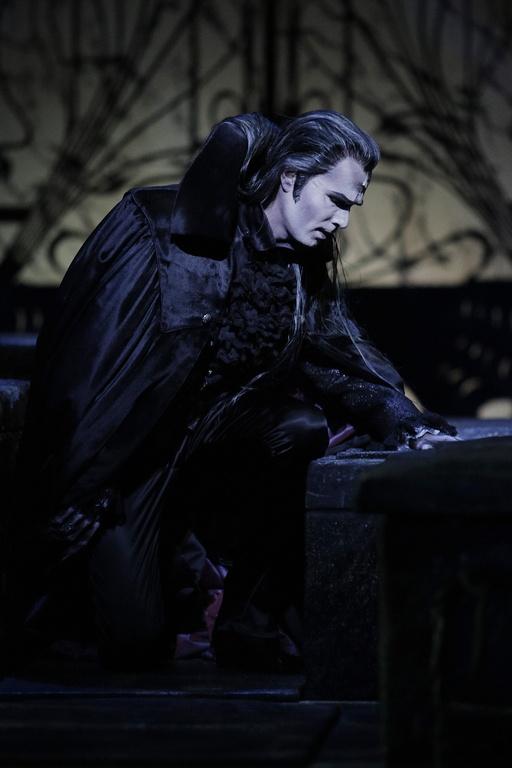 Roman Polanskis Meisterwerk - Das Musical Tanz der Vampire im Stage Theater des Westens in Berlin.