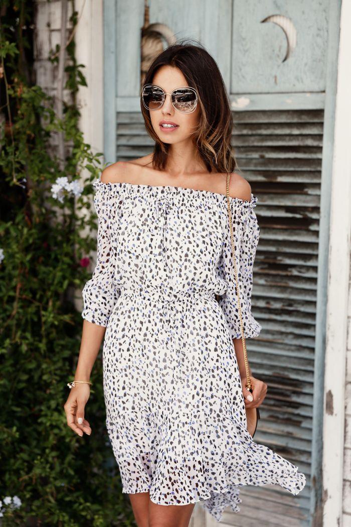 Annabelle Fleur of Viva Luxury is #SoDVF in the Camila Dress http://on.dvf.com/1CouRXZ