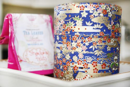 tea canister in japanese paper