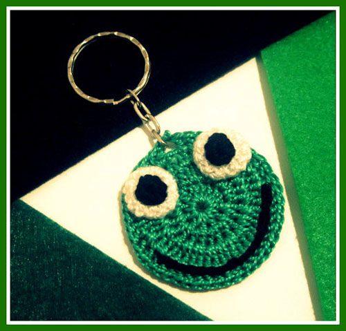 Llavero ranita hecho a mano, ganchillo/crochet, en www.mibisuta.com
