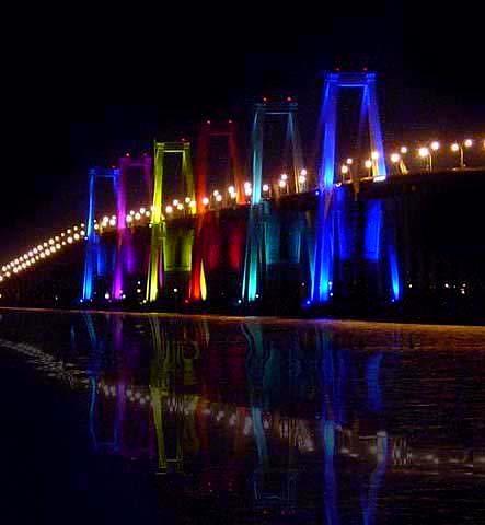Nuestro Puente Rafael Urdaneta cumple 50 años: Tiene una longitud de 8.678 m y…