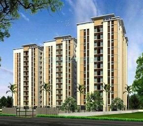 Radiance Realty Shine is located at Kazhiputtur near Siruseri IT Park on the Old Mahabalipuram Road. These Apartments in OMR are in close proximity to IT parks, Educational Institutions and Commercial Establishments, ensuring that work and recreational facilities are just a short drive away. Source: http://imganuncios.mitula.net/radiance_realty_shine_navallur_omr_chennai_3770135439936496948.jpg