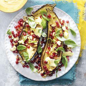 Mmmm from Ottolenghi!  Recept - Geroosterde aubergine met saffraanyoghurt - Allerhande