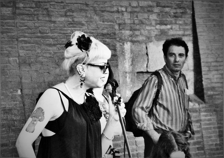https://flic.kr/p/HGnbTe | #photographer Giulia Bergonzoni #photography #street #music #singer #tattoo #mushroom #beautiful #giulia #bergonzoni #black #white #feelings