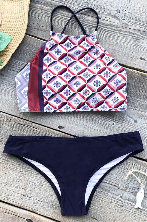 Treat yourself to something new~ Cupshe Lucky Charm Lace Up Bikini Set helps you stand out from the crowd on the beach! Lace up design and open back! Super flattering~ FREE shipping! SHOP NOW.
