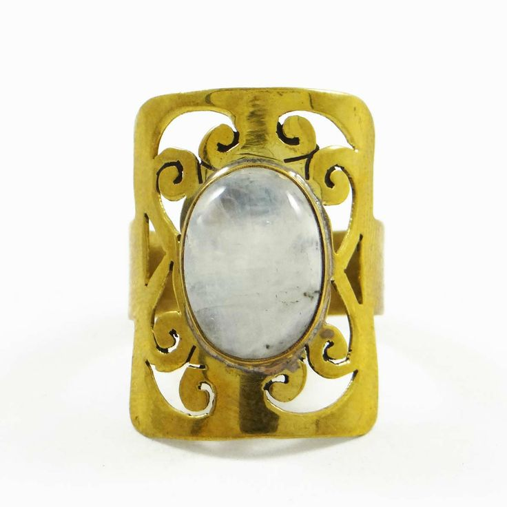 This is a beautiful goldtone metal size ring which is studded with stone. It is a high quality fashionable ring. ..this is img