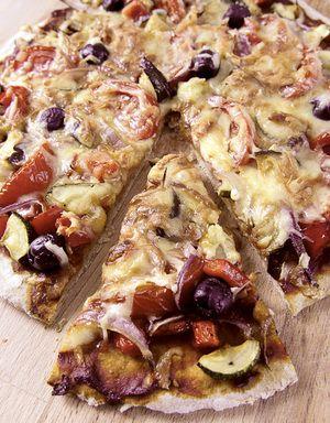 Pizza med grønnsaksfyll | www.greteroede.no | Oppskrifter | www.greteroede.no
