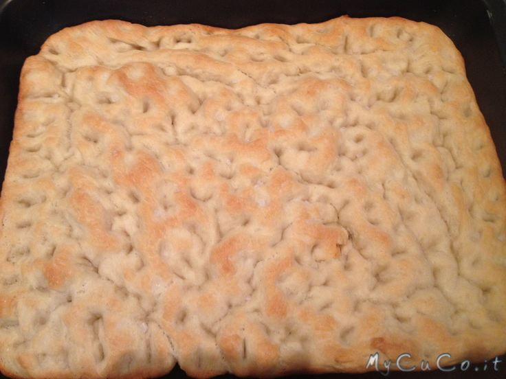 Focaccia tipo genovese - http://www.mycuco.it/cuisine-companion-moulinex/ricette/focaccia-tipo-genovese/?utm_source=PN&utm_medium=Pinterest&utm_campaign=SNAP%2Bfrom%2BMy+CuCo