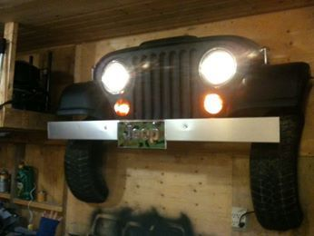 7 slots on jeep grille wall