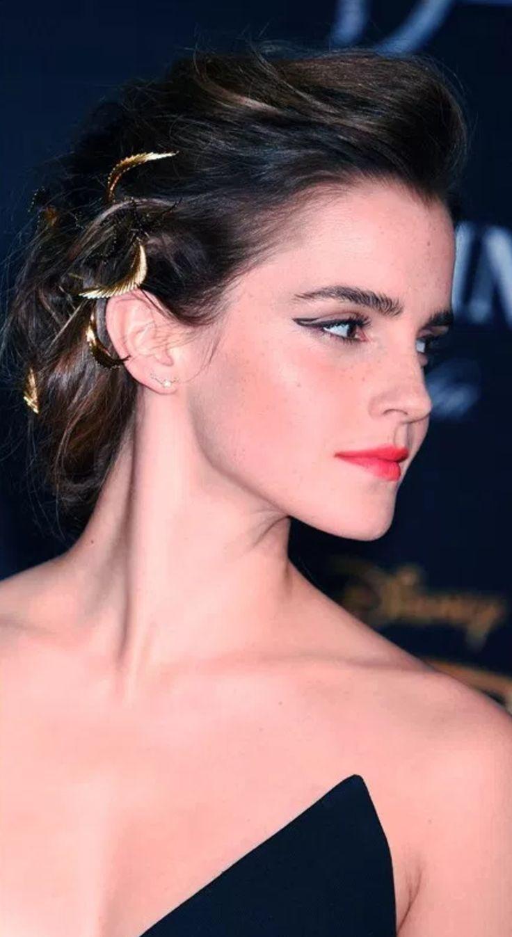 """Dicas sobre delineados nos olhos, dos mais diferentes ao clássicos. Na foto, Emma Watson com delineado estilo """"inacabado"""""""