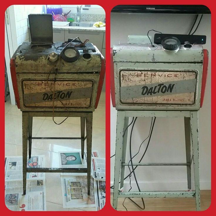 Máquina antigua para bujias. Se limpió completa, se aplicó pintura antioxido y se mantuvo la pintura original.