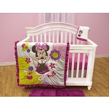 Disney Minnie Mouse - 4-Piece Crib SetThis cute 4 piece crib bedding set is part of the Minnie Mouse nursery collection. This set is the perfect complement to any babies bedroom. It includes a comforter with appliqué, a Ruffle, and fitted sheet and blanket.