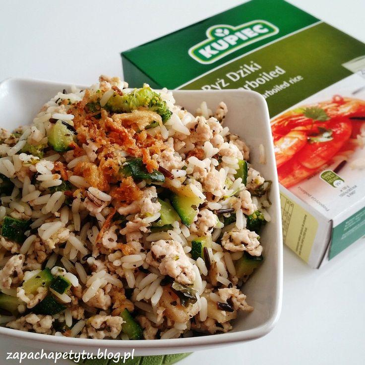 Wild rice with turkey and green veggies #zapachapetytu #rice #turkey #lunch