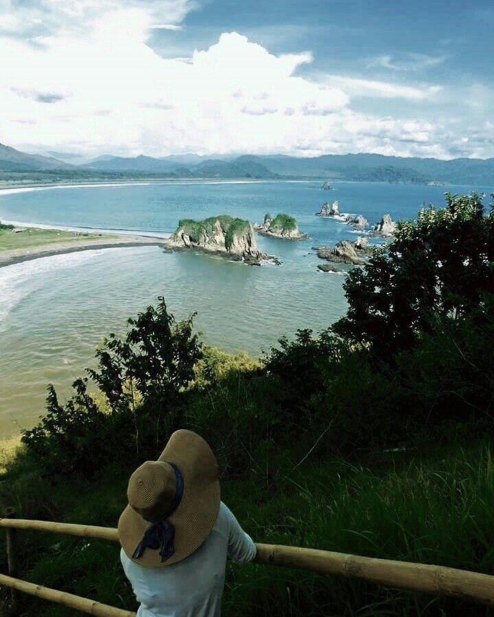 Teluk Cinta - Bukit Domba - Pantai Payangan - Jember - Indonesia