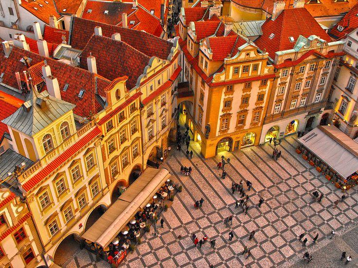 https://flic.kr/p/7V2eQM   Prague