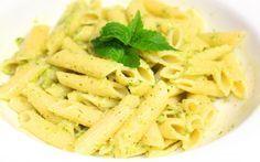 Итальянский соус для макарон. Нежный, пряный и неповторимый вкус соуса. Легкий в приготовлении, он сделает макароны вашим любимым блюдом. Ингредиенты : Орехи кешью (обжаренные ) - 60-70г., базилик - 50г., лимон - 1/2 шт., оливков…