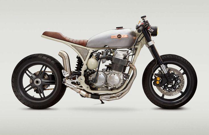 1976 Honda CB750K #CafeRacer ''CB836-CM'' by Classified Moto. Muy guapa esta #Honda con subchasis modificado, monoamortiguador trasero y horquilla invertida | caferacerpasion.com