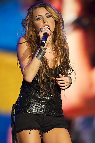Loved her long brown hair :]