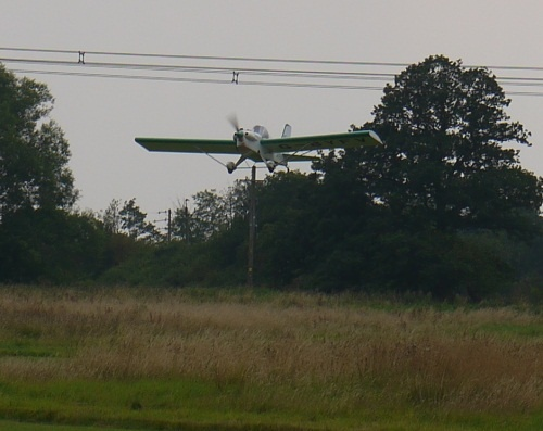 This Minimax came into Baxby the other day. Really nice build and, I hear, a lot of fun to fly. Yes, it really is that close to the electricity lines