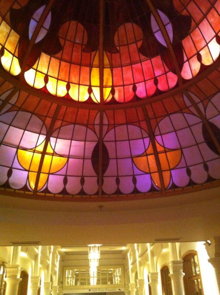 Lichtkoepel in Victoria Hotel Amsterdam