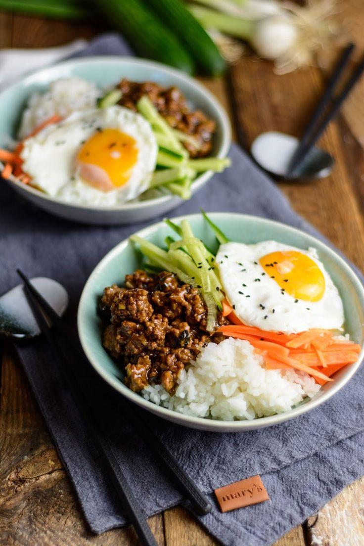 Korean Beef Bowl – Asiatisch mariniertes Fleisch mit frischem Gemüse und Reis