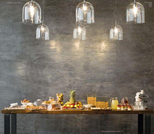 Nuove decorazioni e nuovi effetti per Segui Il Tuo Istinto. #decorazione #pitturadecorativa #casa #interiors #design #ggf Questa parete è stata realizzata con: cemento naturale con Istinto 1070 - G3 NA - G3 NA - G2 SC - Vetro.