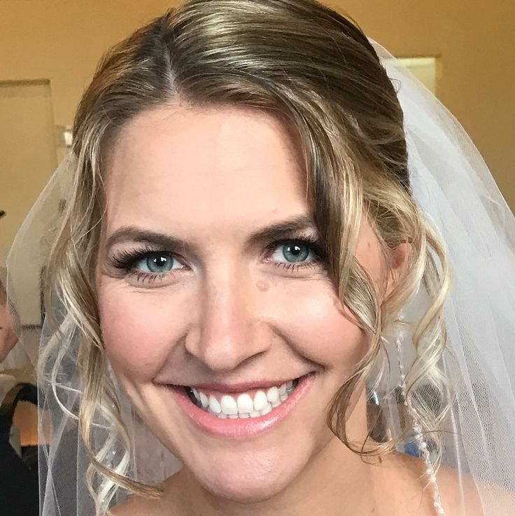 bride Stacie  #airbrushmakeup #temptupro #kenraprofessional #naturalmakeup #naturalbridalmakeup #ardellindividuallashes #bridalmakeup #lowbun #halfupwithbraid #wraparoundbraid #sidebunwithbraid #ocbridalhairmu #lisaleming