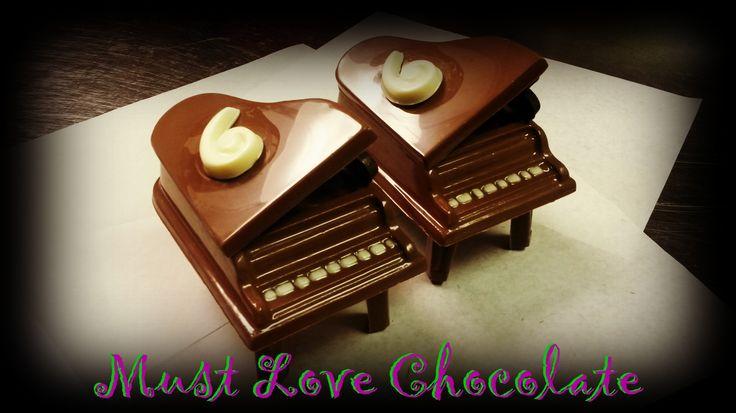 Chocolate Grand Piano
