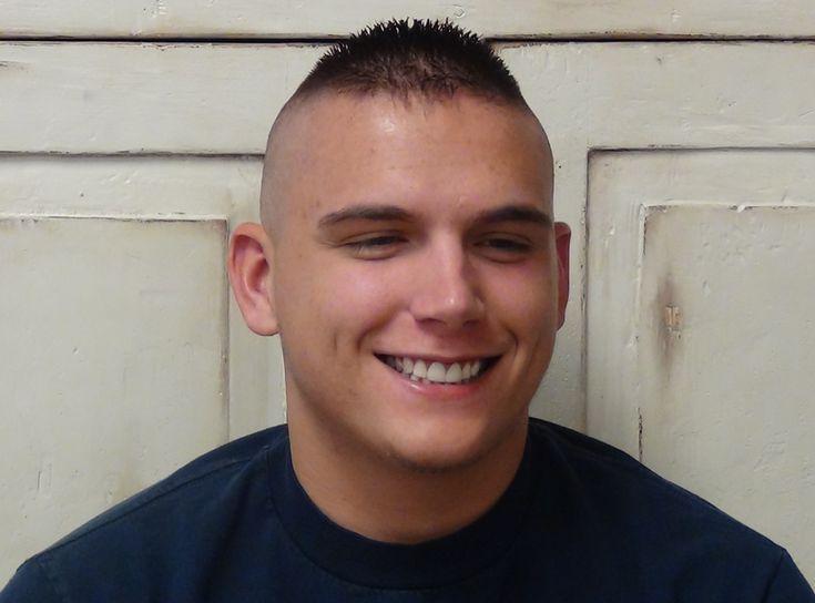 35 Besten Militarischen Haarschnitt Stile Fur Manner Alles Fur Die Besten Frisuren Haarschnitt Stile Militarhaarschnitte Haarschnitt