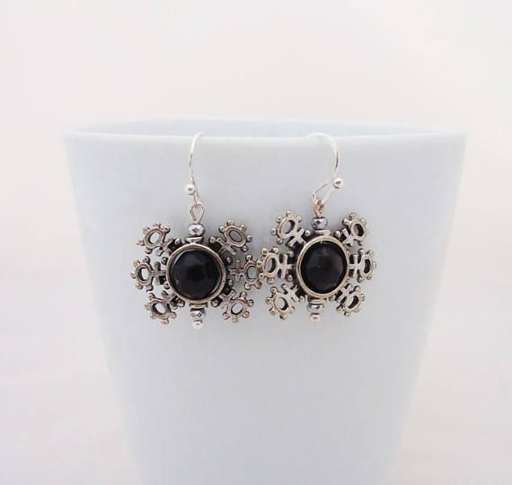 Obsidian Earrings Snow Flakes Black