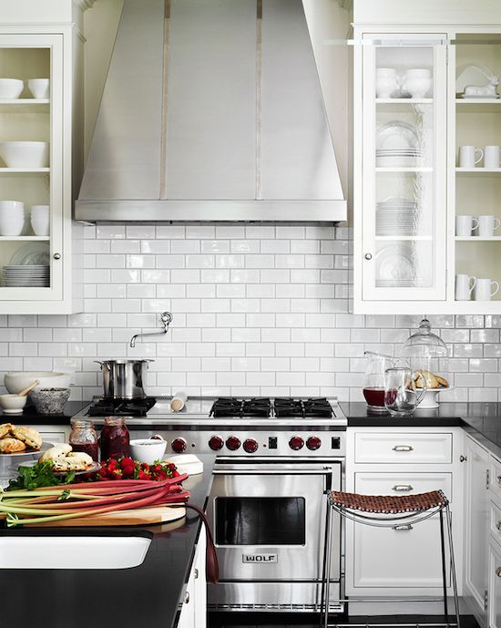 1000 Images About Modern Classic Kitchen On Pinterest Modern Classic, Stove And La Dolce photo - 6