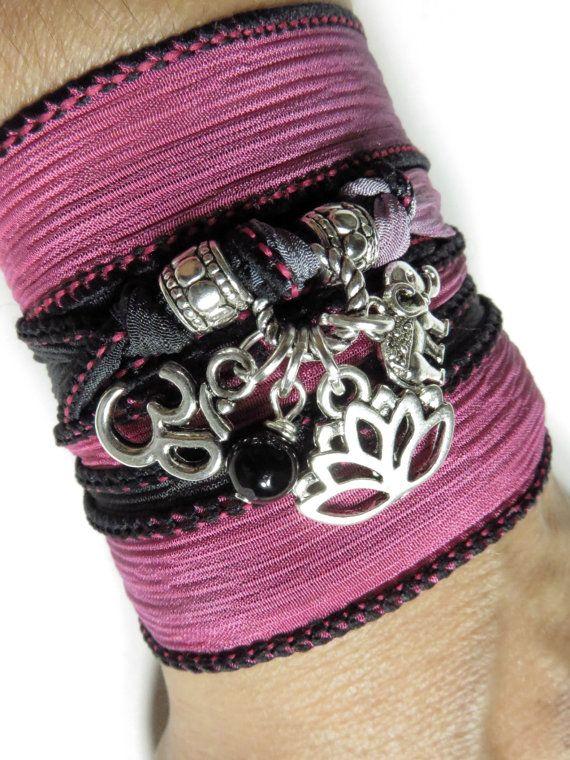 Lotus Namaste Yoga bijoux soie Wrap Bracelet Om éléphant par HVart