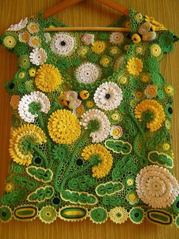 crocheted fairy-tale by Miroslava Mkhalchuk