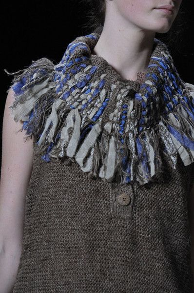 Vanessa Bruno S/S '12 - collar detail