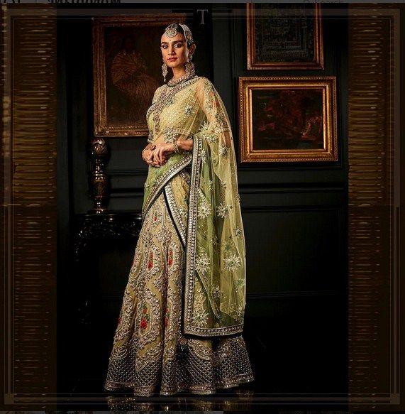 Beautiful Bridal Lehenga .For this lehenga mail us at contact@ladyselection.com