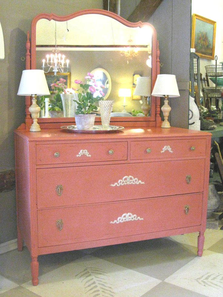 Antique Chest Of Drawers With Mirror Painted In