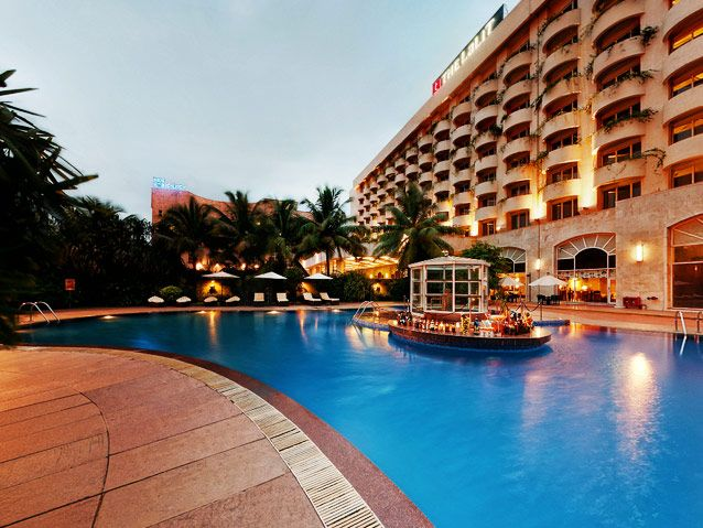 The Lalit, Mumbai is a great place to head to for Valentine's Day! #romantic #travel