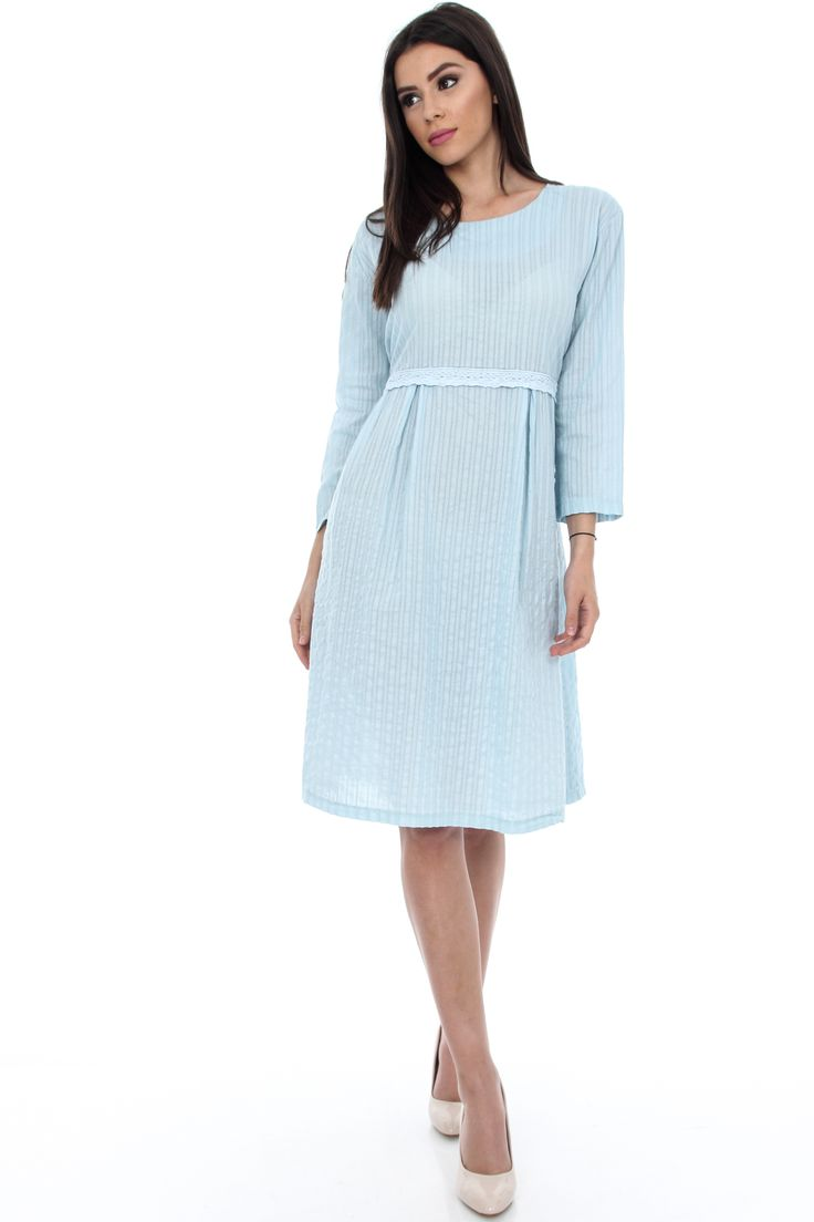 http://rohboutique.com/clothing/DRESS/navy-cotton-dress-dr2843