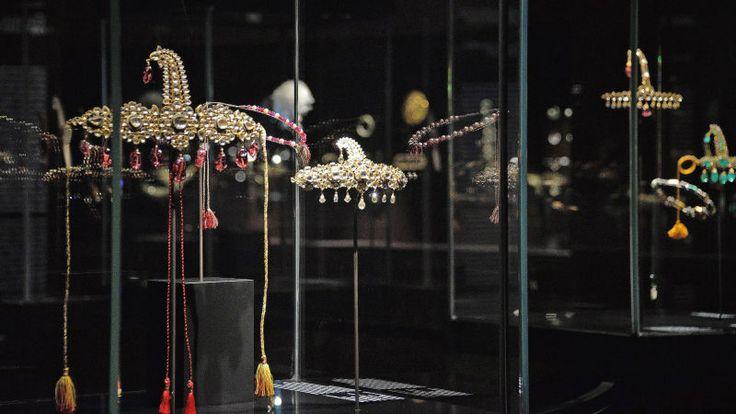 Jewel heist in Venetian Palace of Qatari family's collection of Mughal jewelry