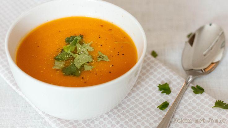Pompoen-wortelsoep met sinaasappel & gember