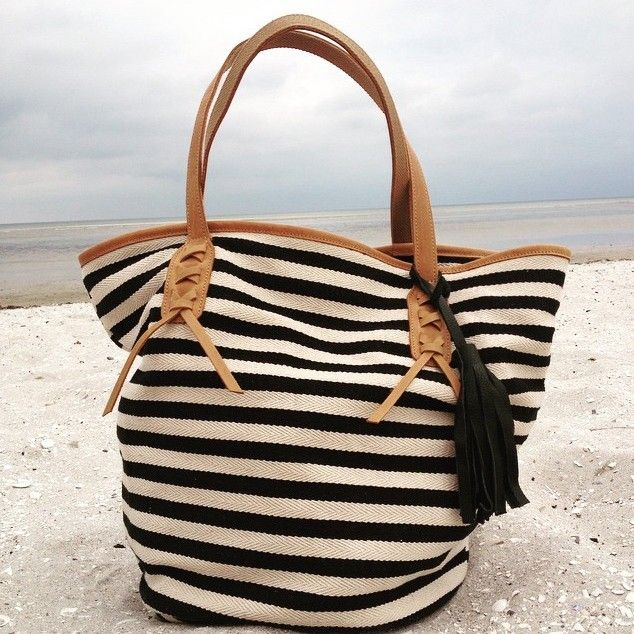 By Who Tote With Stripes