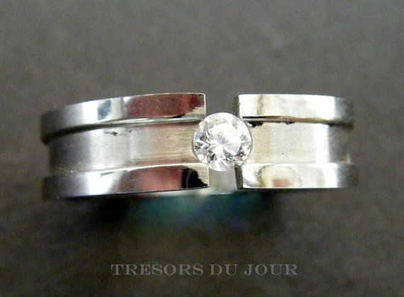Modern Minimalist DIAMOND ENGAGEMENT RING  with by TresorsDuJour #ModernElegantEngagementRing #ChannelSetDiamondEngagementRing
