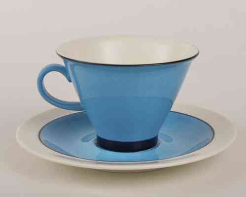 Harlekiini teekuppi ja asetti, designer Inkeri Leivo (Seppälä), Arabia Finland