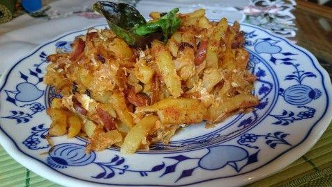 Zapečené brambory se zelím a vege párkem - Powered by @ultimaterecipe