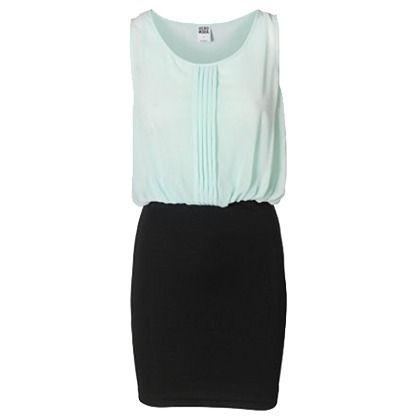 Romantisches Kleid von Vero Moda. Die schwarze Rockpartie ist eng anliegend und im Bleistiftstil, die hellgrüne Oberpartie hat hübsche Zierfalten und einen fließenden Stoff. Dieses Kleid sorgt für einen stilsicheren Auftritt!