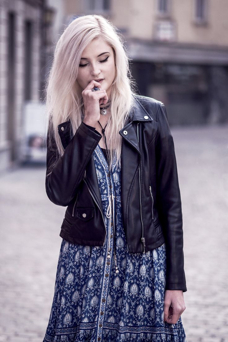 Faye Oracle #3  | My friend and blogger Faye wearing Spell Designs Oracle Dress | Moonlight Bohemian