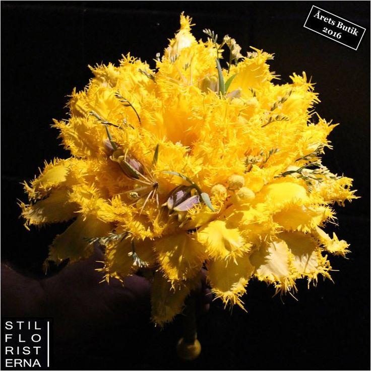 Brudbukett med gula fransiga tulpaner och fritillaria :-)